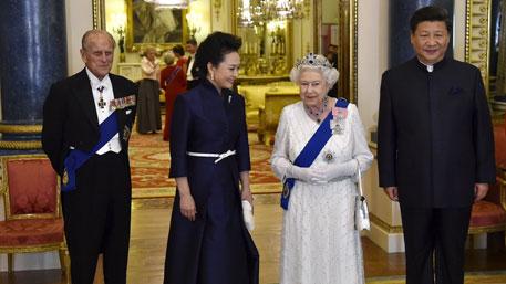 Как Пекин вбивает клин в Европу: Китай опустил британскую гордость «ниже плинтуса»