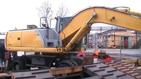 Экскаватор с тонной гашиша приплыл в Петербург из Бельгии