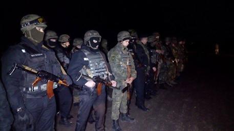 Нацгвардия направила оружие против участников блокады на границе с Крымом
