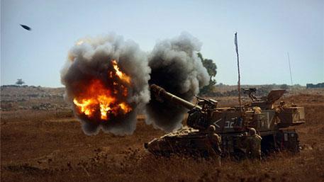 Израиль ведет артобстрел по Ливану