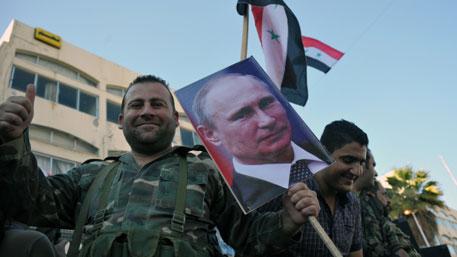 Путина в Сирии назвали «львом и защитником», сравнив со святыми