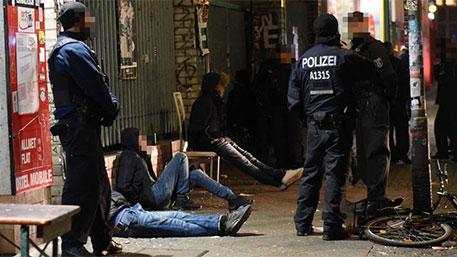 В новогоднюю ночь мигранты в Германии изнасиловали двух несовершеннолетних – СМИ