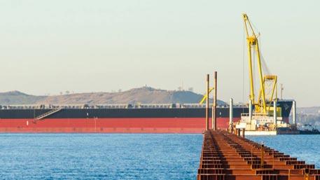 Турецкое судно, протаранившее Керченский мост, задержано в Таганроге
