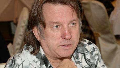 Лоза предложил Джаггеру поменяться песнями «Плот» и «Satisfaction»