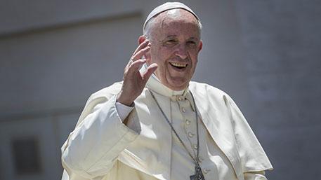 Папа римский призвал христиан просить прощения у геев за прошлое