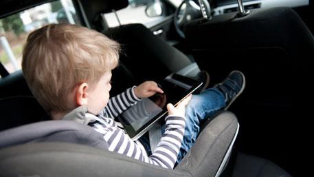 С 2017 года изменятся правила перевозки детей в авто