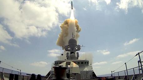 Европейские сны о «Калибрах»: зачем НАТО придумывает «большое русское вторжение»