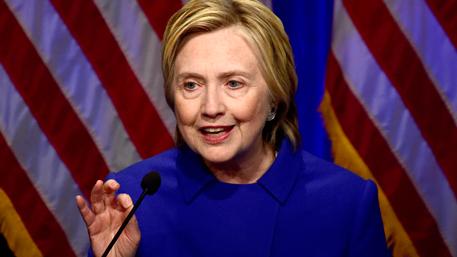 Клинтон намерена добиться пересмотра итогов выборов в ключевых штатах