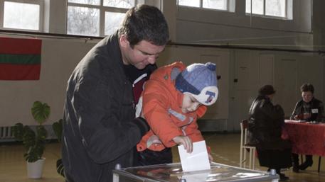 Красносельский побеждает на выборах президента Приднестровья