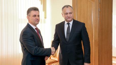 Президент Молдавии и глава Приднестровья провели первую за восемь лет встречу