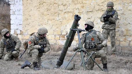 ВСУ открыли огонь по школе в Макеевке