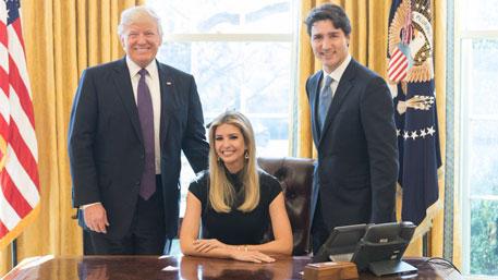 Американцы возмутились фотографией Иванки Трамп в кресле президента
