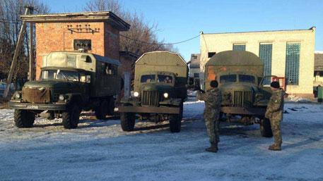 Киев выделил ВСУ ржавые грузовики 50-х годов