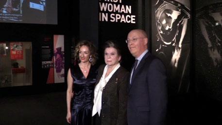 В Лондоне Терешкова открыла выставку о первой женщине-космонавте