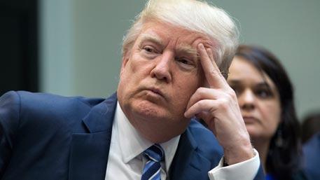 Рейтинг Трампа упал до рекордно низких показателей