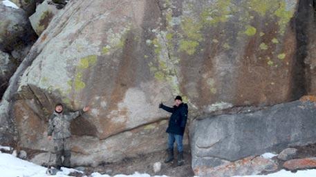 На Алтае обнаружены гигантские петроглифы