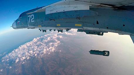 Россия борется с террористами в Сирии, чтобы не допустить их на свою территорию - Путин