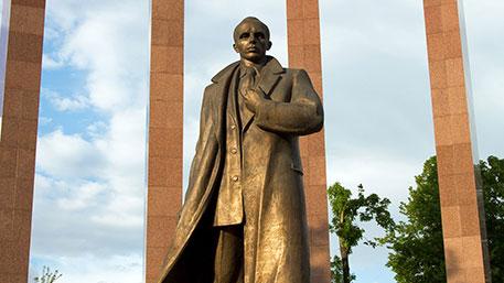 Польша приняла решение снести все памятники бандеровцам