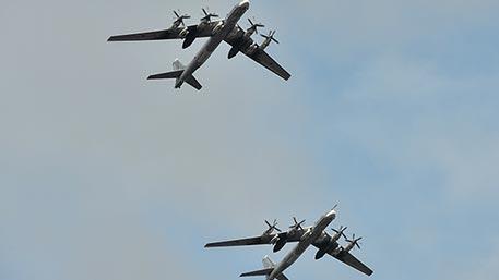ВВС США перехватили два Ту-95 и два Су-35 в районе Аляски