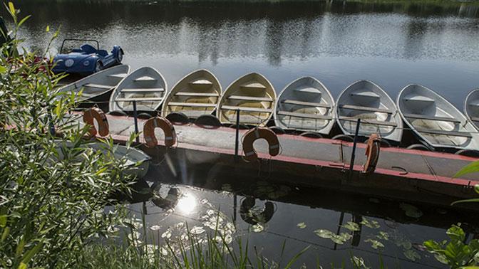 Лодка с детьми перевернулась на Ладожском озере в Карелии