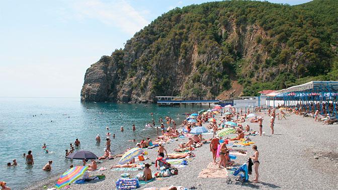Украинцы предпочли безвизовой Европе российский Крым