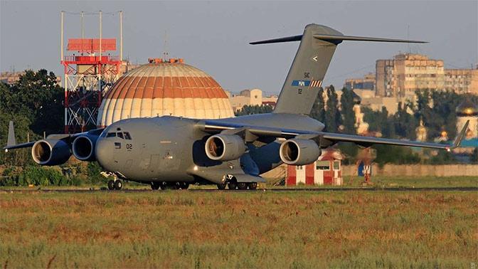 В аэропорт Одессы прилетели самолеты НАТО
