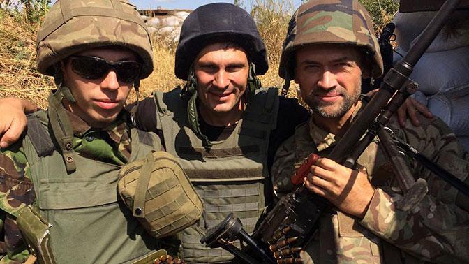Опубликованы фото из Донбасса воюющего за ВСУ российского актера