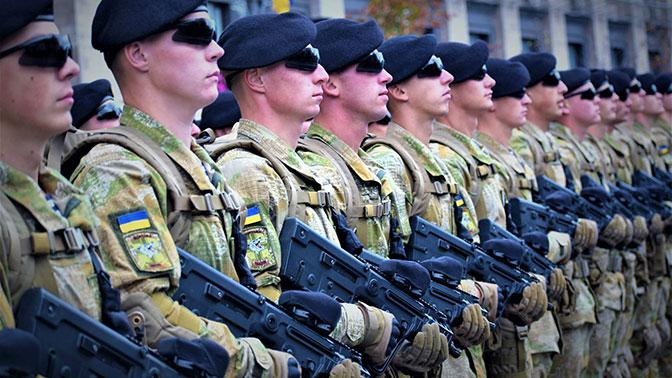 «Черные береты» против декоммунизации: к чему приведет бунт украинских морпехов