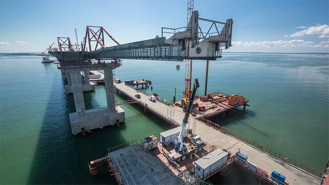 50% Крымского моста готовы