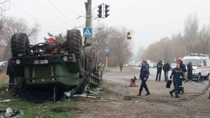 Грузовик ВСУ перевернулся в Запорожье: один военный погиб