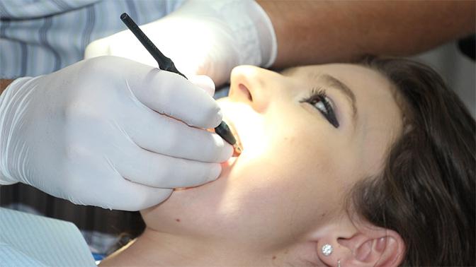 Применения ополаскивателя для рта может привести кожирению