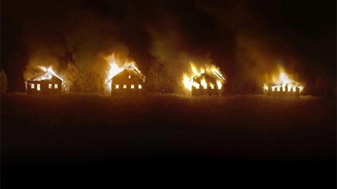 Владелец премии World Press Photo поджег заброшенные дома ради красивой иллюстрации