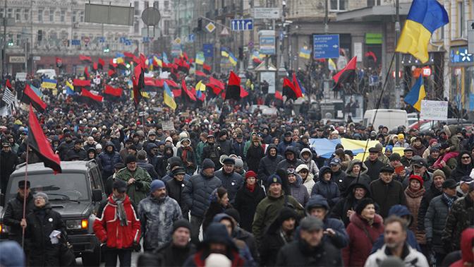 Сторонники Саакашвили митингуют вКиеве