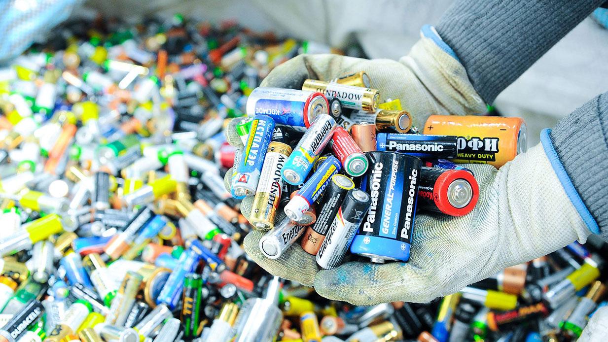 Аккумуляторы: как сэкономить до 100 тысяч рублей и помочь природе