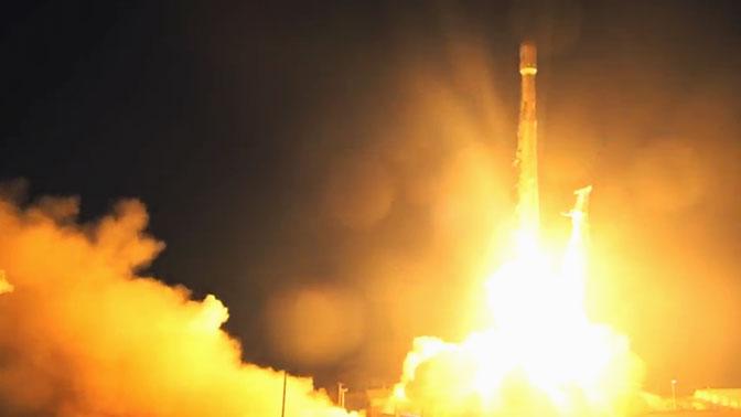 ВКалифорнии запустили ракету Falcon 9 суже летавшей первой ступенью