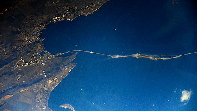 Крымского моста снятые из космоса