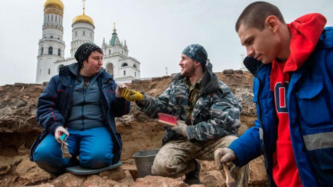 Неменее 10 тыс артефактов отыскали нацентральных дорогах столицы за2 года