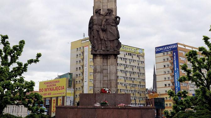 Впольском Щецине демонтируют монумент советским солдатам