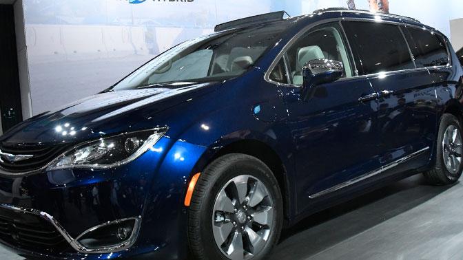 Fiat Chrysler отзывает более 162 тысяч автомобилей из-за неисправности