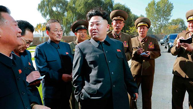 Ким Чен Ын рассказал о ядерной кнопке на столе в его рабочем кабинете