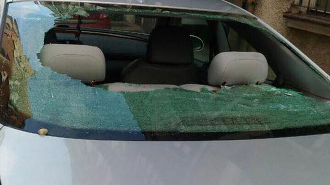 Автомобиль, в котором находилась россиянка с маленькой дочкой, закидали камнями в Польше