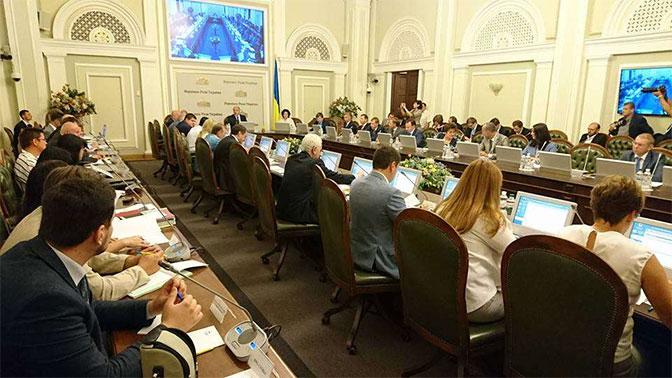 Верховная рада несмогла рассмотреть закон «ореинтеграции Донбасса»