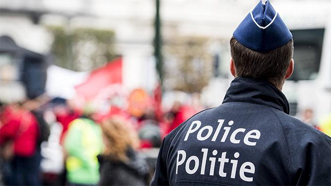 Двое полицейских ранены после нападения 40 мигрантов в Бельгии