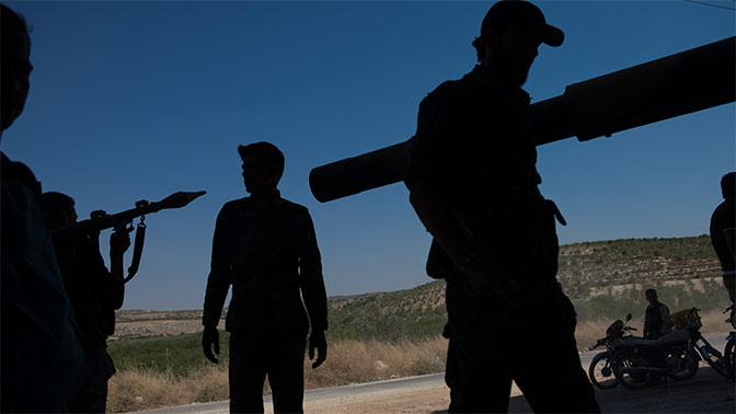 Армия Сирии выбила боевиков стерритории аэродрома Абу-Духур вИдлибе
