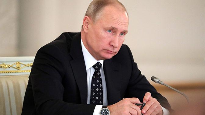 АП: Порошенко не сталкивался сПутиным смомента заключения минских договоров