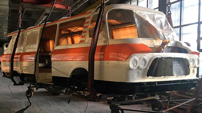 ЗИЛ опубликовал фото сборки возрождаемого автобуса «Юность»