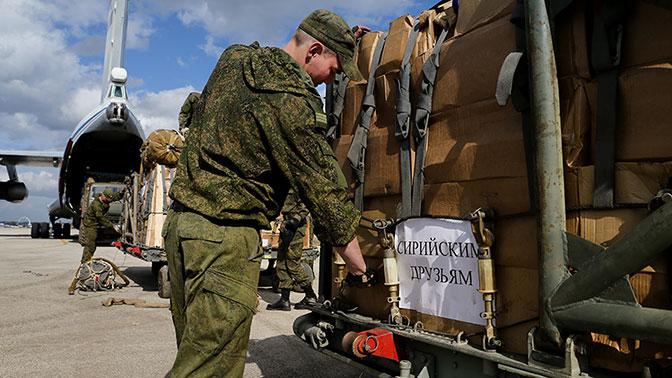 Русские военные доставят гумпомощь беженцам изАфрина
