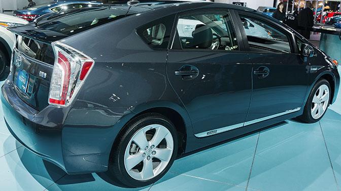 Toyota отзывает 645 тысяч машин из-за проблем с подушками безопасности