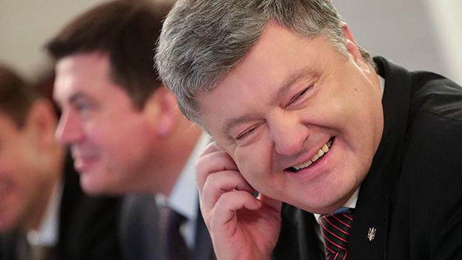 Саакашвили высмеял меры безопасности наМайдане: Железные памперсы Петра Мальдивского