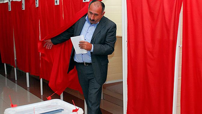 ВАзербайджане назначили внеочередные выборы президента